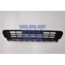 решетка бампера переднего центральная